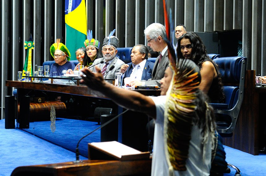 SENADO: Em homenagem ao Dia do Índio, Telmário pede união na luta por direitos.