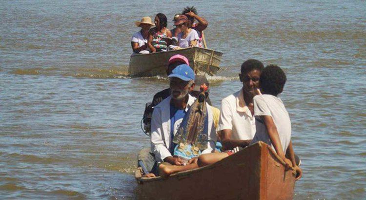 COMBATE RACISMO AMBIENTAL: O Homem e o Rio: Histórias de Índios e Quilombolas do Baixo São Francisco