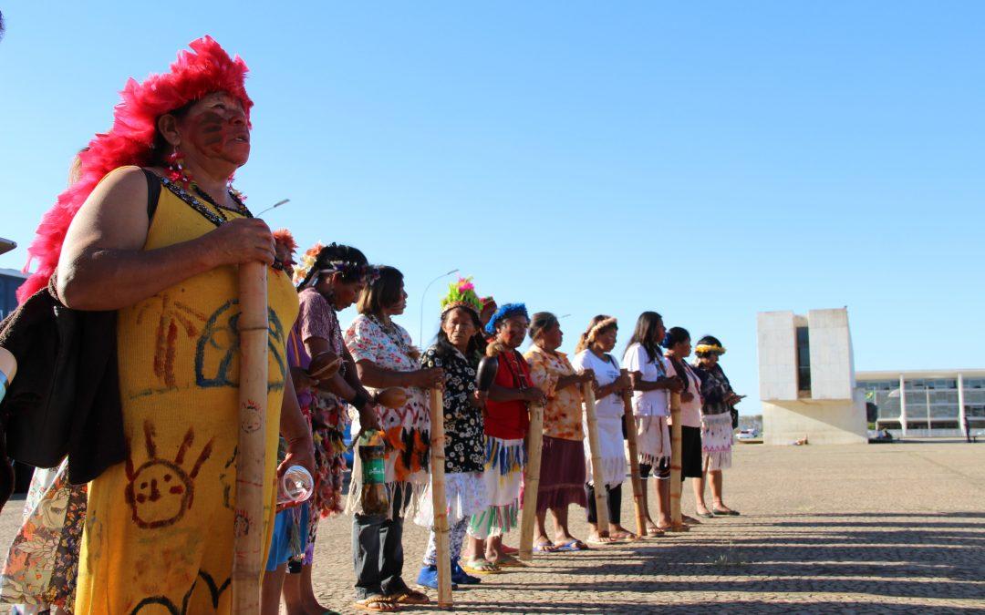 CIMI: Em Brasília, Guarani e Kaiowá mobilizam-se em defesa do tekoha Guyraroka e dos direitos indígenas