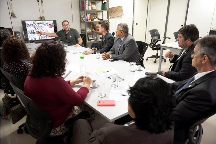 FUNAI: Funai e SESAI buscam ampliar proteção a indígenas isolados