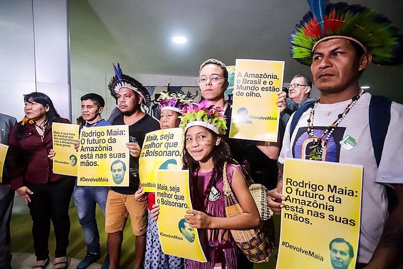 BRASIL DE FATO: Indígenas oficializam pedido de devolução de PL que libera mineração em territórios