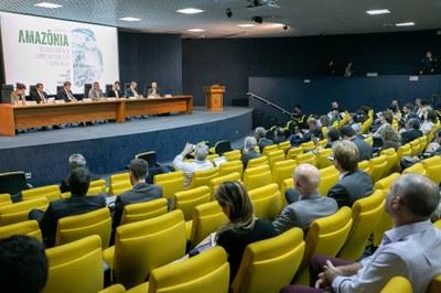 PGR: MPF propõe atuação conjunta no combate ao crime organizado e à corrupção que movimentam o desmatamento na Amazônia
