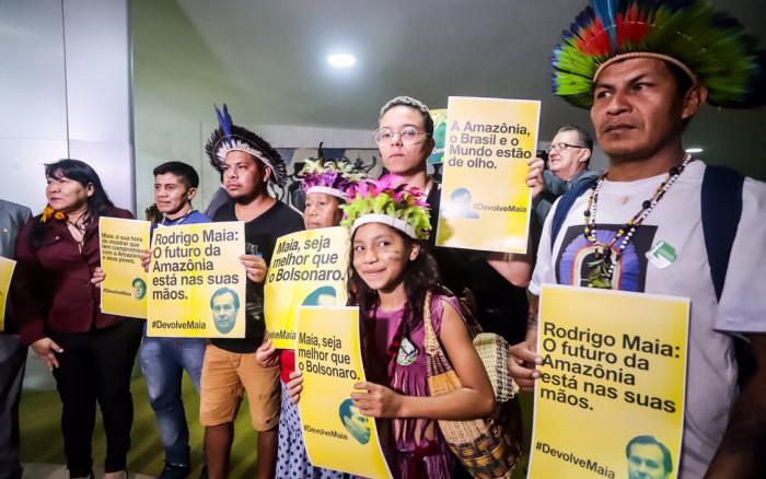 ISA: Parlamentares pedem devolução de projeto contra Terras Indígenas; Maia promete analisar