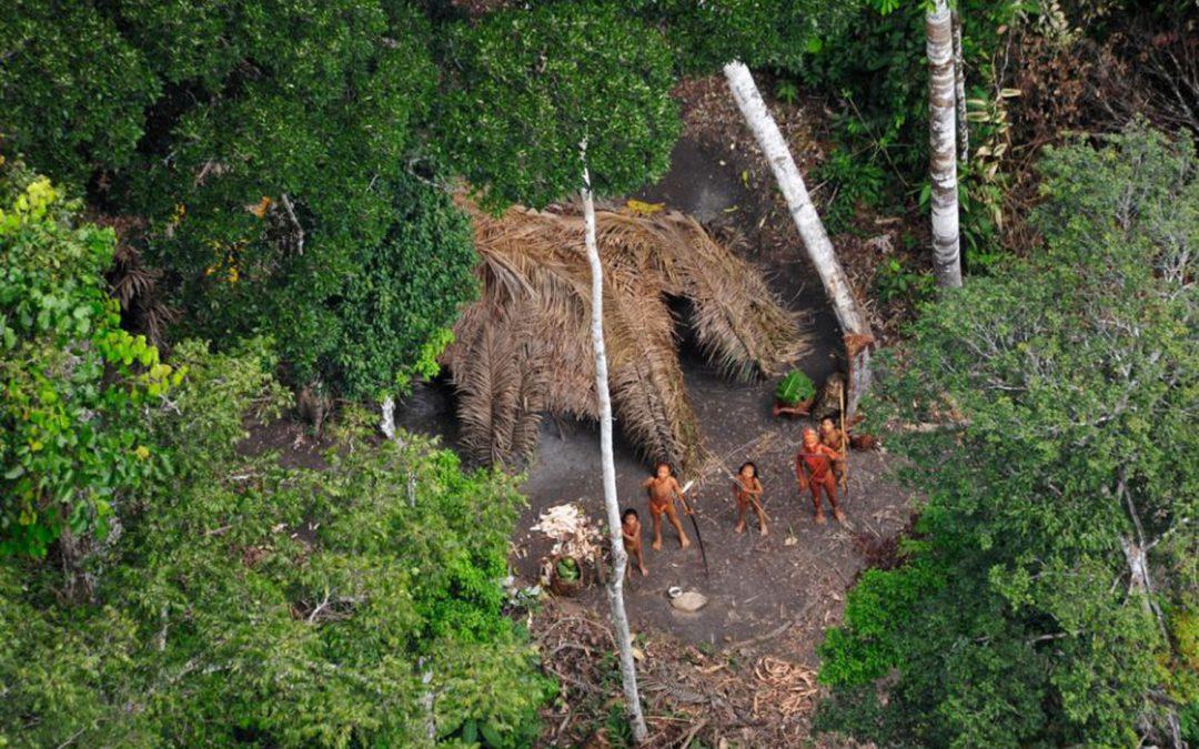 AMAZÔNIA NOTÍCIA E INFORMAÇÃO: Organizações alertam ONU sobre o crescente risco para os índios isolados do Brasil