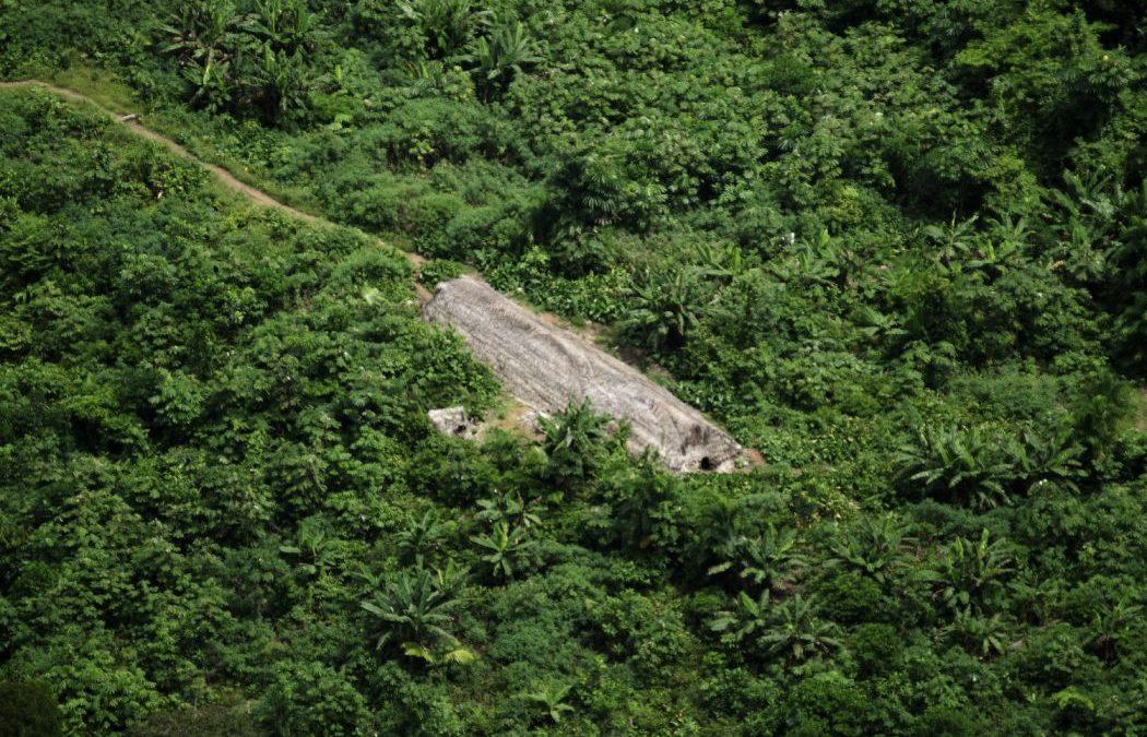 CIMI: Nota de repúdio à portaria da Funai que possibilita contato com povos indígenas isolados