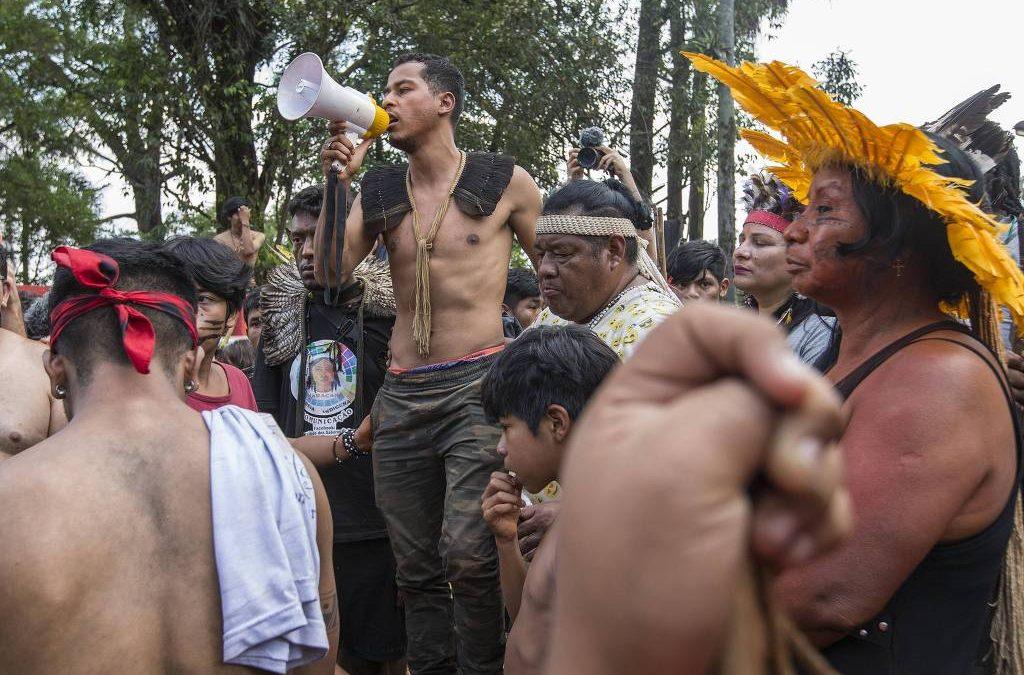 FOLHA DE SÃO PAULO: Procuradores citam risco de genocídio indígena e cobram do governo medidas de proteção nas aldeias
