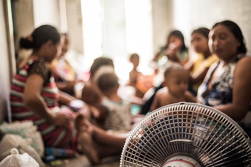 BRASIL DE FATO: Indígenas venezuelanos sofrem com a covid-19 e a fome no Recife (PE)