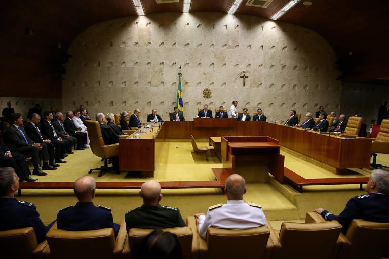 FOLHA DE S. PAULO: Sebastião Salgado apela ao STF por expulsão de invasores de terras indígenas contra Covid-19