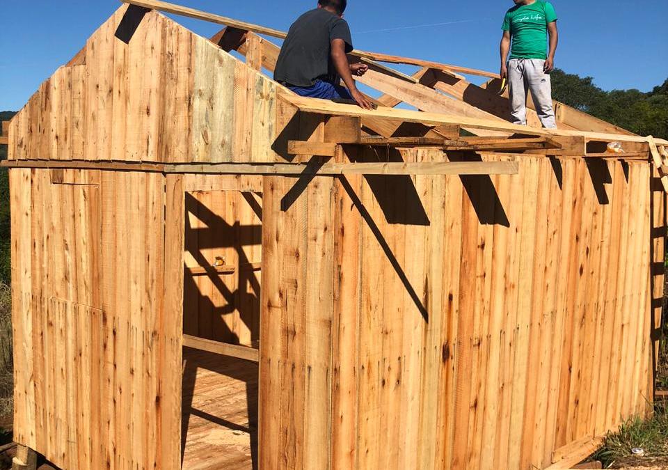FUNAI: Funai entrega de kits moradia para 110 famílias vítimas de tornado na Região Sul