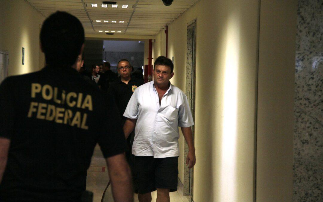 AMAZÔNIA REAL: Livro desmascara as redes de pedofilia na Amazônia