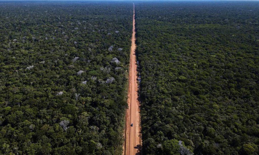 SURVIVAL: Povos indígenas isolados estão ameaçados pelos incêndios na Amazônia
