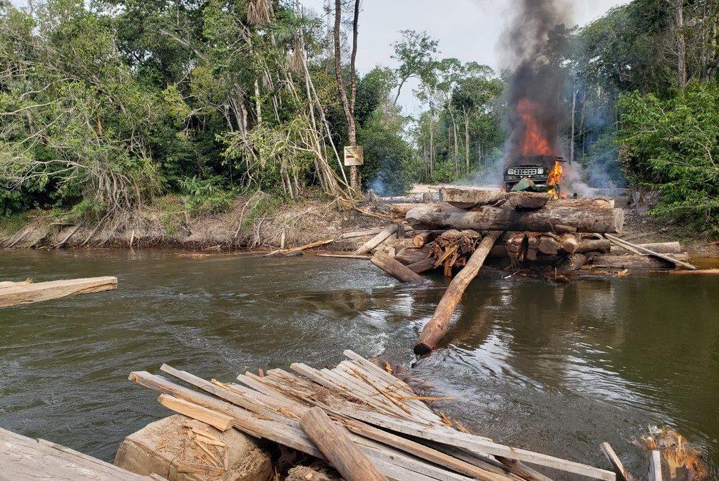 AMAZÔNIA NOTÍCIA E INFORMAÇÃO: Operação da PF mira garimpo em terra indígena de RO e destrói equipamentos para extração de diamantes