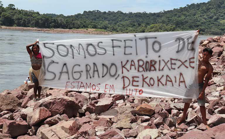 AMAZÔNIA NOTÍCIA E INFORMAÇÃO: Indígenas Munduruku resgatam urnas sagradas desenterradas durante construção de hidrelétrica