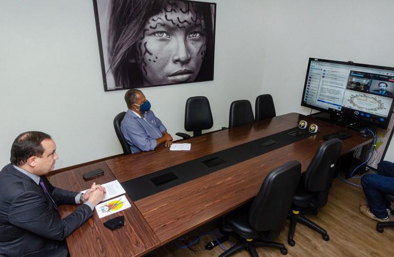 FUNAI: Apoio a atividades produtivas é tema de reunião entre o presidente da Funai e lideranças indígenas