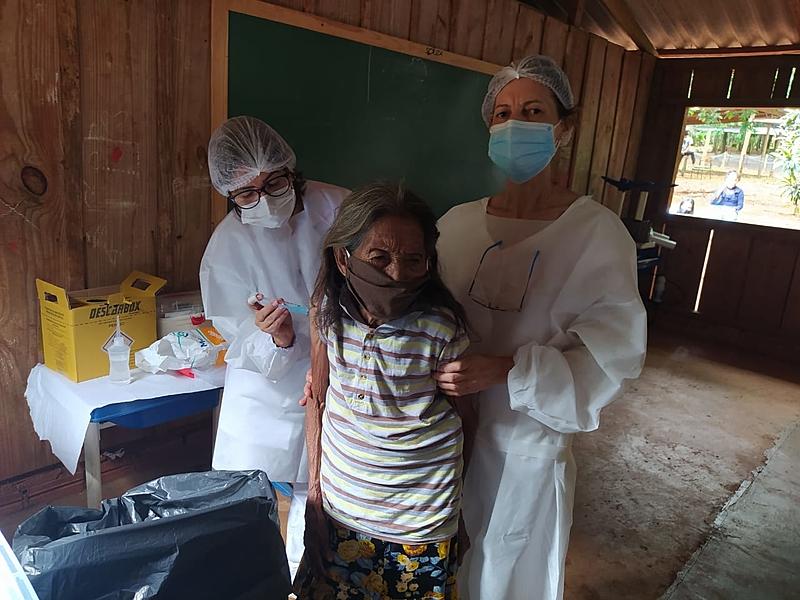 BRASIL DE FATO: Informações falsas fazem indígenas temerem vacinação contra covid-19 no Paraná