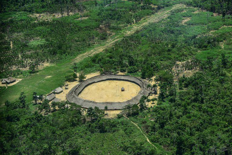CÂMARA: Frente dos Povos Indígenas debate normativos da Funai