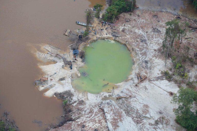 AMAZÔNIA NOTÍCIA E INFORMAÇÃO: Terras com povos indígenas isolados são alvo de metade dos pedidos de mineração