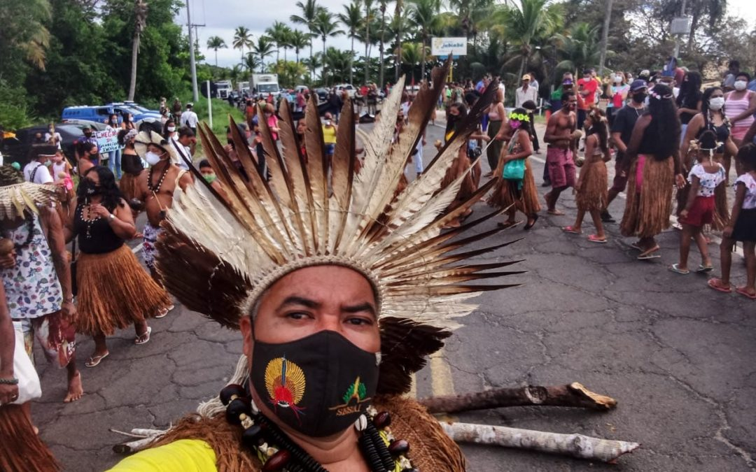 JORNALISTAS LIVRES: EXCLUSIVO: Indígenas são ameaçados e tem casas destruídas