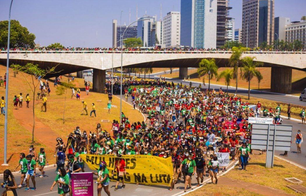 CIMI: A mãe do Brasil é indígena: 5 mil guerreiras da ancestralidade ocupam Brasília em marcha histórica