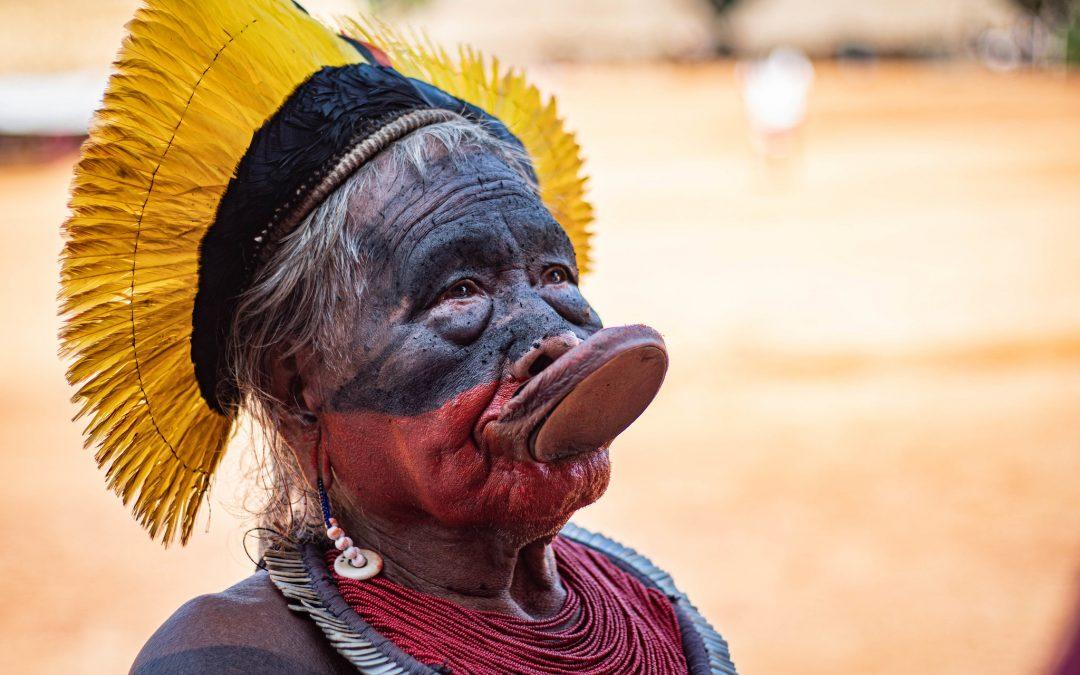 AMAZÔNIA NOTÍCIA E INFORMAÇÃO: RAONI ANUNCIA APOIO A LULA: 'BOLSONARO QUER A EXTINÇÃO DOS INDÍGENAS'